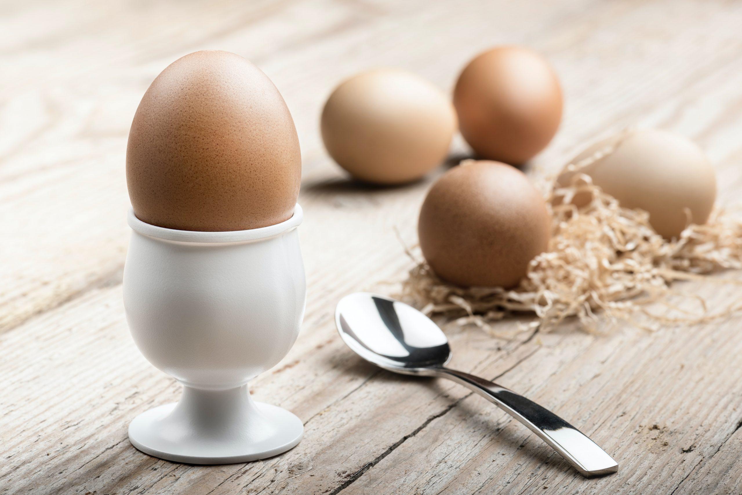 αυγά σε θήκη