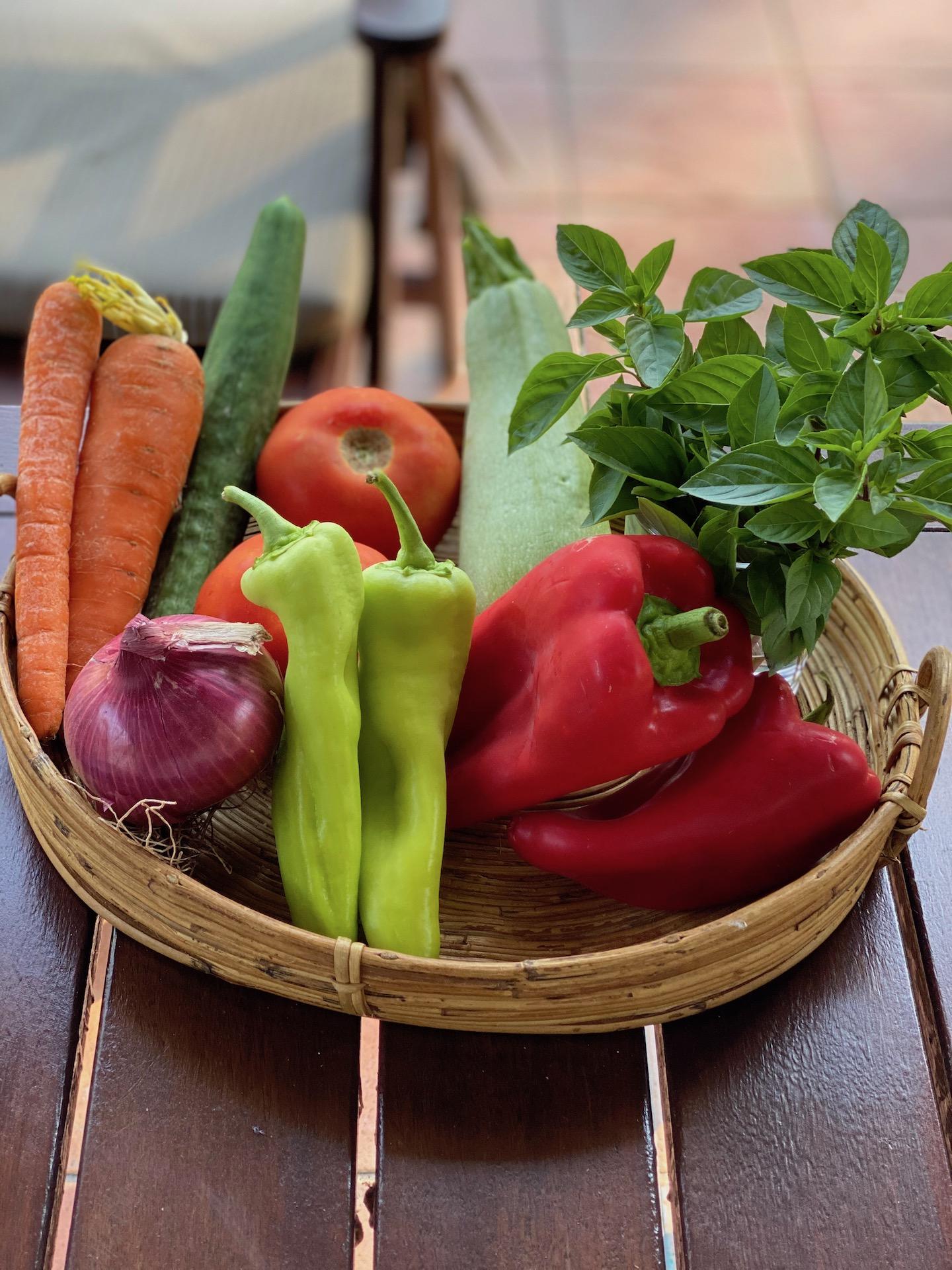 λαχανικά σε καλάθι
