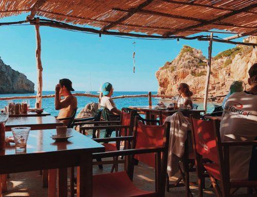 Σνακ στη θάλασσα! Τι να ετοιμάσετε από το σπίτι ή τι να πάρετε από το beach bar!